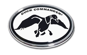 Wholesale Duck Commander Oval Chrome Black/White Auto Emblem
